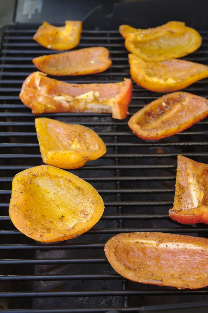 bell peppers with marinade on the grill