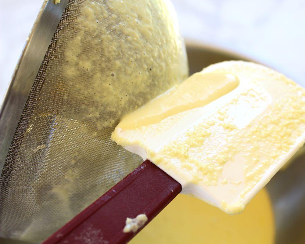 straining corn cream