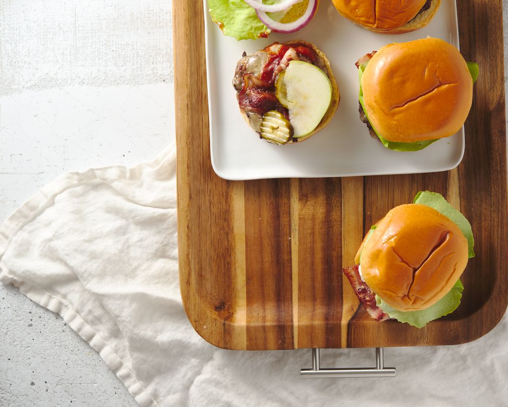 bbq bacon cheeseburgers with apple