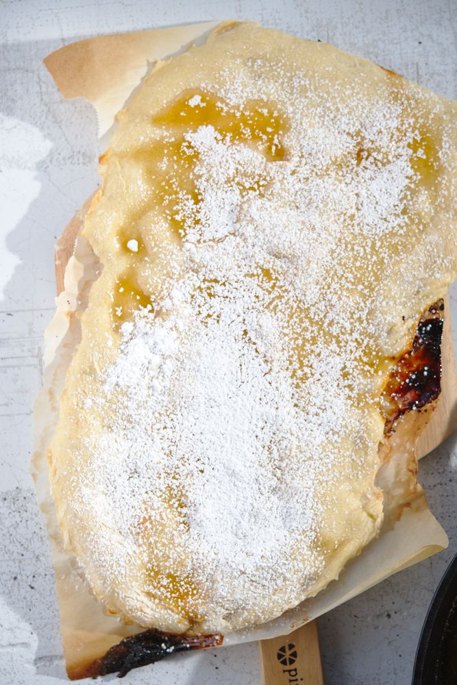 pizza with honey and powdered sugar