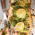 salmon with parsley herb crust and lemon slices