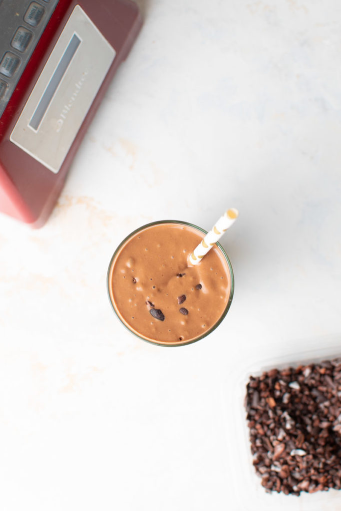healthy chocolate smoothie shake