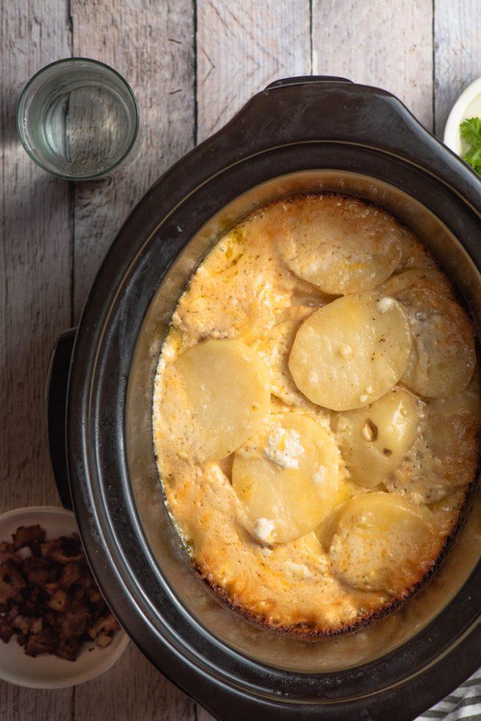 potatoes au gratin in the crockpot